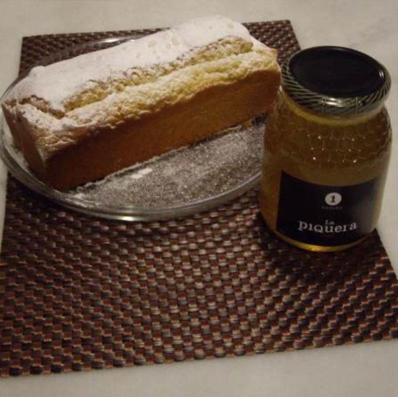 Bizcocho de miel con nueces